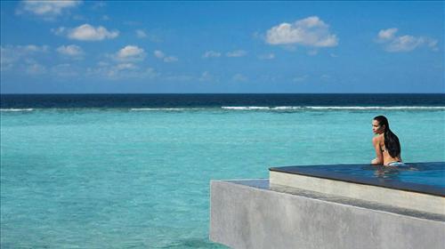 马尔代夫的岛屿都是因古代海底火山爆发而成.